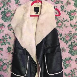 Forever 21 leather vest with fur lining